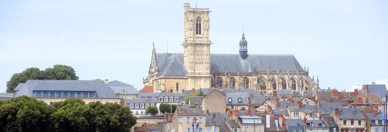 Nevers : son histoire et ses personnages célèbres